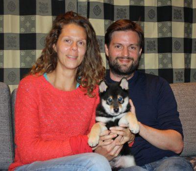 Tito med sine nye eiere, Marie og Greg