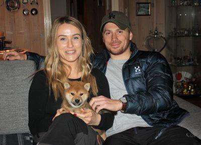 Phoenix med sine nye eiere, Andrea og Fredrik