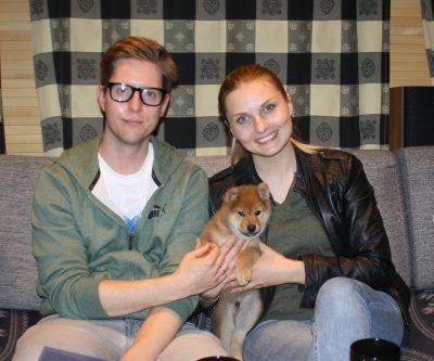 Ichigo med sine nye eiere, Silvia og Fredrik